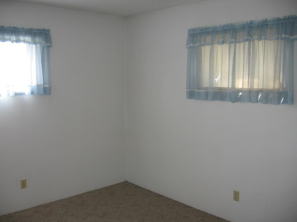 744 1 2 howard billings montana single family house for rent
